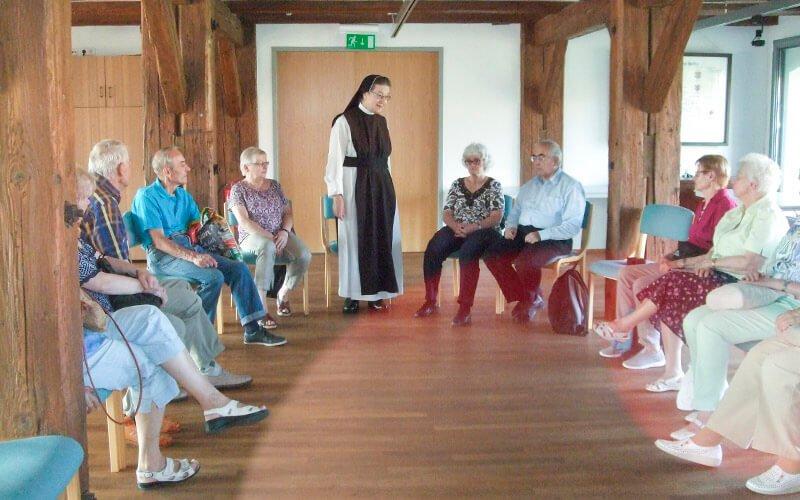 Im Kloster Helfta erzählt Sr. Klara Maria vom schwierigen Neuanfang, Foto: Anneliese Kuhnigk