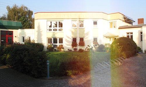Pfarrhaus Schönefeld mit Pfarrbüro, Foto: Michael Teubner