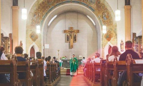 Gottesdienst mit Pfarrer Hajek in St. Laurentius, Foto: Jakob Gleisberg
