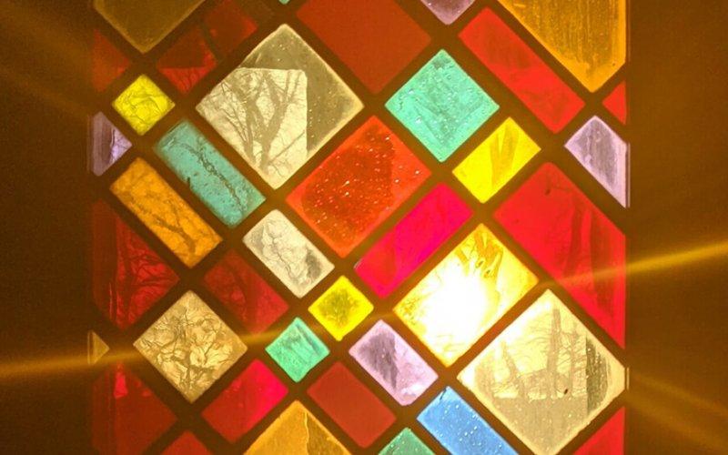 Kirchenfenster St. Laurentius, Reudnitz, Foto: Klemens Saket